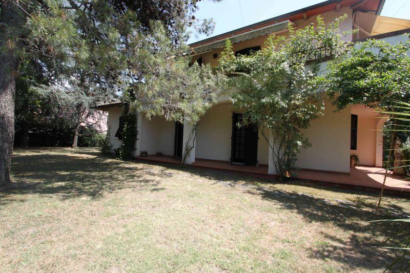 villa vendita carrara