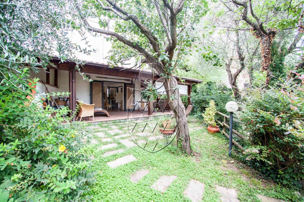 casa semi indipendente vendita sarzana