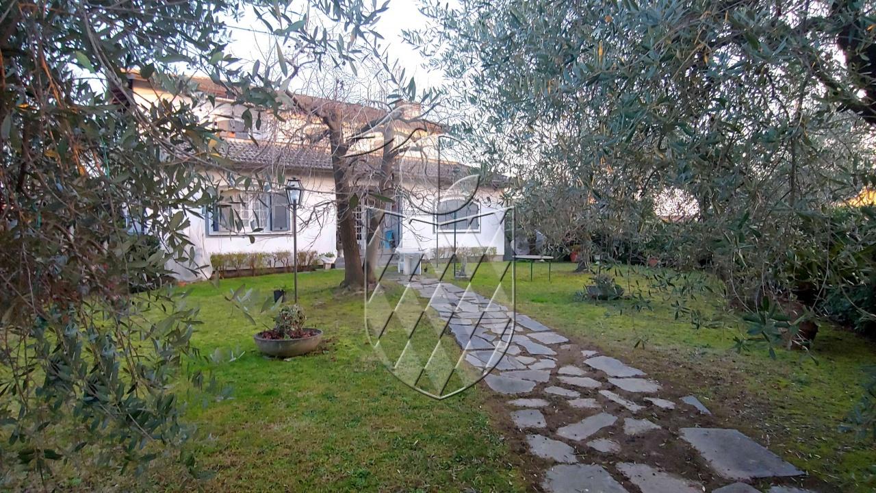 villa vendita ortonovo